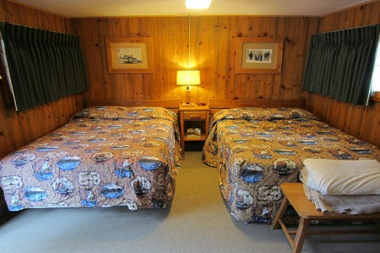 old faithful lodge frontier cabins review